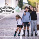 Proteggere i propri bambini dalla pioggia: dagli stivaletti in gomma a quelli felpati