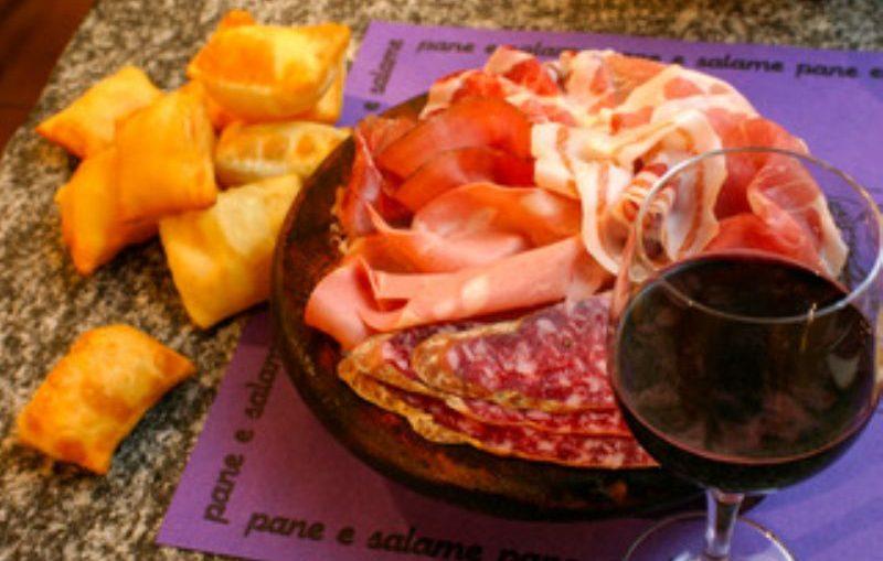 Gnocco-e-vino-lambrusco-vini-perbacco_800x532