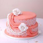 Pasta di zucchero: la copertura perfetta per la Mud Cake!